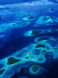 Marovo Lagoon in the Solomon Islands, Marovo Lagoon, Western Province, Solomon Islands Fotografisk tryk af Peter Hendrie