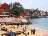 Boats and Beachgoers on the Beaches of Dakar, Senegal Fotografisk tryk af Janis Miglavs