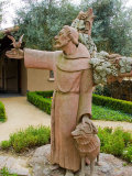 St. Francis Statue at the St. Francis Vineyards and Winery, Sonoma Valley, California, USA Premium fototryk af Julie Eggers