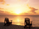 Empty Beach Chairs at Sunset, Denis Island, Seychelles Fotografisk tryk af Sergio Pitamitz