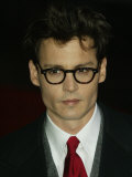 Johnny Depp Arrives at the Premier of Finding Neverland in Leicester Square Photographic Print