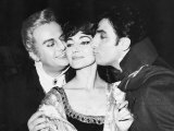 Maria Callas with Co Stars Tito Gobbi and Meneto Cioni Royal Opera House Covent Garden, 1965 Stampa fotografica