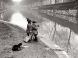 Vissende kinderen bij rivier Fotoprint