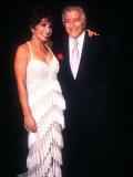Shirley Bassey in der Royal Variety Show mit Tony Bennett Fotografie-Druck