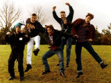 Take That Members are Robbie Williams Jason Orange Gary Barlow Mark Owen and Howard Donald Fotografie-Druck