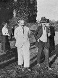 Albert Einstein Scientist in a White Suit Impressão fotográfica