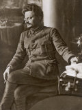 Leon Trotsky or Lev Davidovich Bronstein Russian Communist Leader in 1920 Fotografisk trykk