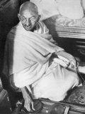 Mahatma Gandhi Indian Nationalist and Spiritual Leader Sailing from Boulogne to Folkestone Fotografisk tryk