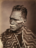 Portrait of a Maori with Tattoed Face Fotografisk tryk