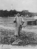 Parqueuse d'Huitres, Oyster Gatherer, of Cap Ferret Near Arcachon in South- West France Fotografie-Druck
