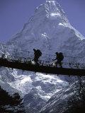 Bridge in Ama Dablam, Nepal Fotografie-Druck von Michael Brown