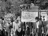 Congress of Racial Equality Marches in Memory of Birmingham Youth Foto af Thomas J. O'halloran