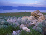 Great Salt Lake and the Wasatch Range, from Antelope Island State Park, Utah, USA Impressão fotográfica por Jerry & Marcy Monkman