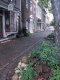 Brick Sidewalks in the Historic District of Chestertown, Maryland, USA Impressão fotográfica por Jerry & Marcy Monkman