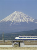 Bullet Train, Mount Fuji, Japan Lámina fotográfica
