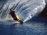 Waterskier with Water Spray Lámina fotográfica