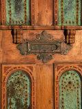 Close-up of a Mail Slot on a Door Lámina fotográfica