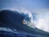 Surfer Riding a Wave Fotografisk trykk