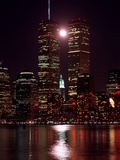 A Full Moon Rises Between New York's Twin Towers for the Second Time This Month Reproduction photographique