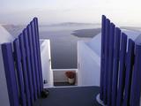 View Toward Caldera, Imerovigli, Santorini, Greece Fotografisk tryk af Connie Ricca