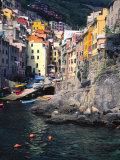 Harbor View of Hillside Town of Riomaggiore, Cinque Terre, Italy Fotografie-Druck von Julie Eggers