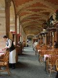 Sidewalk Cafe in the Marais, Paris, France Fotoprint van Lisa S. Engelbrecht