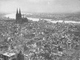Aerial View of Cologne Showing Devastation of Allied Air Raids, Cathedral and Rhine River Lámina fotográfica por John Florea