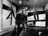 Abstract Expressionist Painter, Franz Kline, in Studio with His Black and White Paintings Reproduction photographique Premium par Fritz Goro