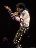 Singer Michael Jackson Performing Premium fotografisk trykk av David Mcgough