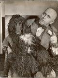 "Britain's Top Journalist Vladimir Poliakoff aka ""Augur,"" Posing with His Beloved Afghan Hound プレミアム写真プリント : マーガレット・バーク=ホワイト"