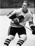 Chicago Black Hawk Ice Hockey Player Bobby Hull During Game Premium fotografisk trykk av Art Rickerby