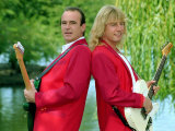 Status Quo Wearing Red Coats at Butlin's Holiday Camp, September 1990 Fotografisk tryk