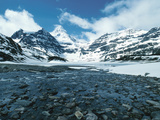 Snow-Covered Mountains - Rockies, Mount Assiniboine, Gloria Lake Fotografisk tryk