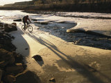 Winter Bicycling on the Partially Frozen Dolores River Fotografisk tryk af Kate Thompson