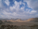 Panoramic View of the Wadi Rum Region from Jebel Burdah Reproduction photographique par Gordon Wiltsie