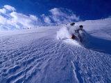 Skier Descending in Powder Snow, St. Anton Am Arlberg, Vorarlberg, Austria Lámina fotográfica por Christian Aslund
