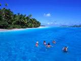 Snorkelling at One Foot Island, Aitutaki Lagoon, Cook Islands Fotografie-Druck von Holger Leue