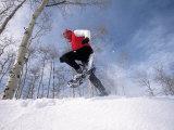 Man Running in Snowshoes Impressão fotográfica por Jack Affleck