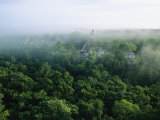 A View of the Mayan Ruins at Tikal Fotografisk tryk af Kenneth Garrett