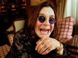 Rock Star Ozzy Osbourne at Home for Matthew Wright Interview, 1998 Fotografisk tryk
