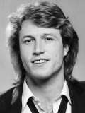 Andy Gibb the Youngest Member of the Bee Gees Pop Group Reproduction photographique