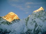 Mt. Everest, (Left Hand Side) Nepal Fotografisk tryk af Mary Plage