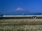 View of One of Japans Bullet Trains Speeding Through the Countryside Fotografisk tryk af Paul Chesley