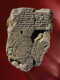 A Mesopotamian World Map and Its Accompanying Text Written in Cuneiform Found on a Clay Tablet Fotografisk tryk af Jr, Victor R. Boswell
