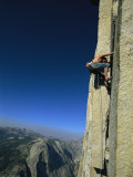 A Man Climbing Half Dome, Yosemite, California Fotografie-Druck von Jimmy Chin