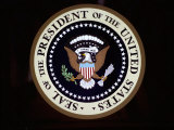 The Official Seal of the President on the Presidential Helicopter Fotografisk tryk af Stephen St. John