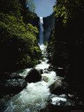 Bridal Veil Fall in Yosemite Valley, California Reproduction photographique par James P. Blair