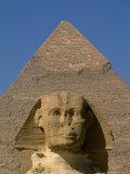 Sphinx and Khafre Pyramid, 4th Dynasty, Giza, Egypt Fotografisk tryk af Kenneth Garrett