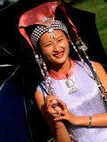 Ethnic Dancer in Traditional Costume in Kumming, Yunnan, China Lámina fotográfica por Bill Bachmann
