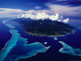 Aerial View of Island and Surrounding Reefs, French Polynesia Stampa fotografica di Manfred Gottschalk